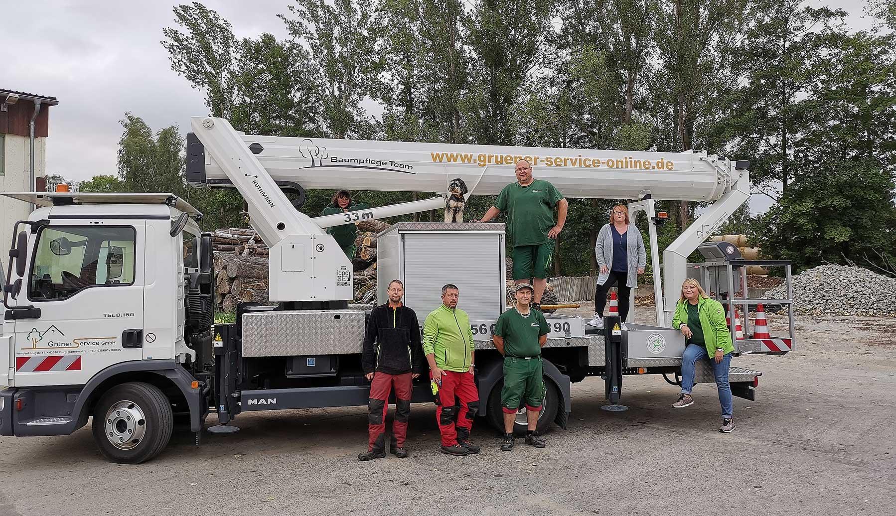 Team für Baumpflege und Gartenpflege